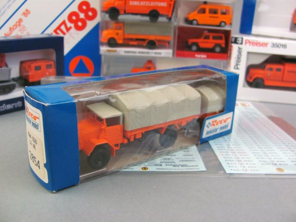 roco-miniatur-modell-2854-man